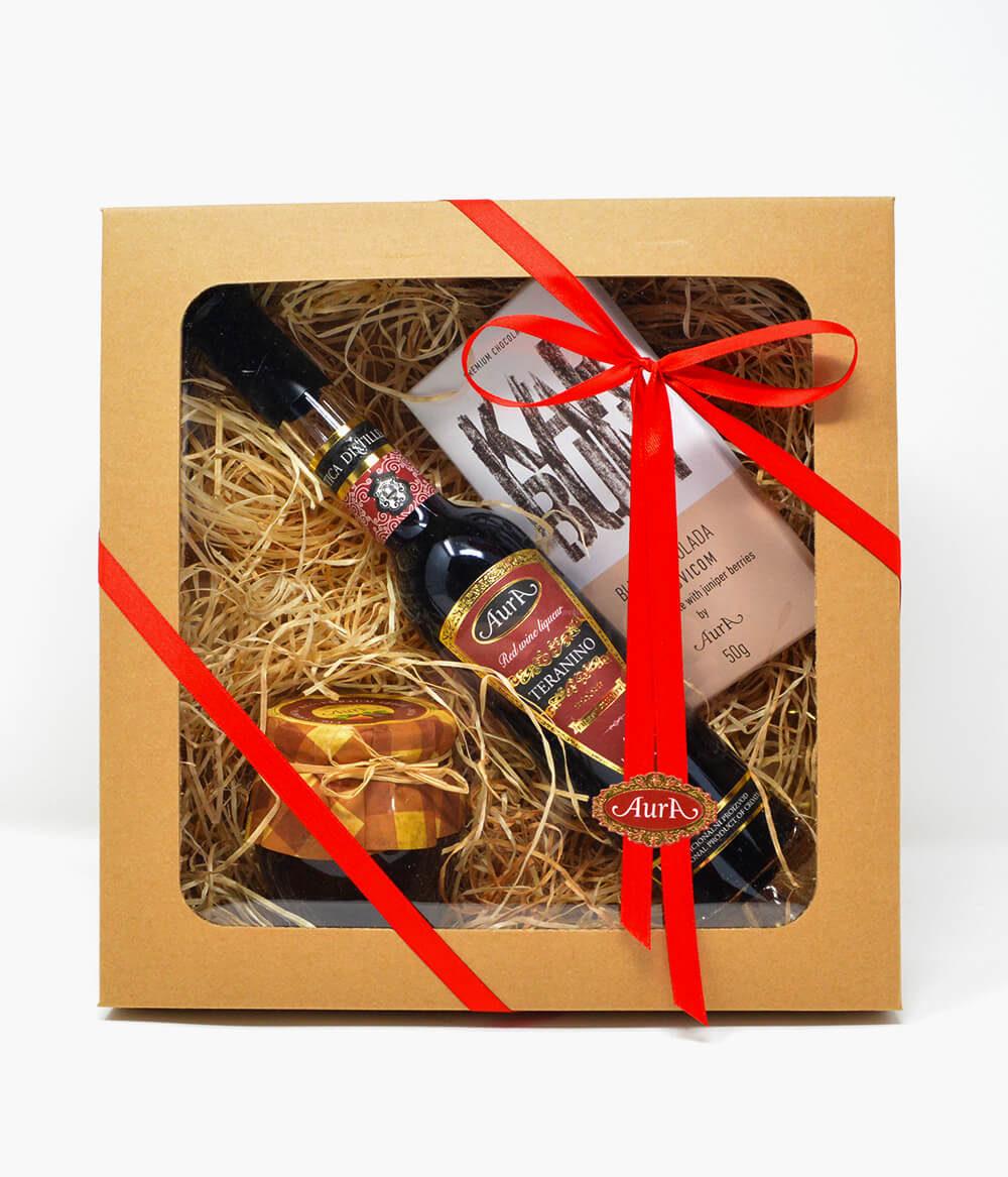 Geschenkpaket-Buzet-Teranino-Aura-Schokolade-Marmelade-Konfitüre